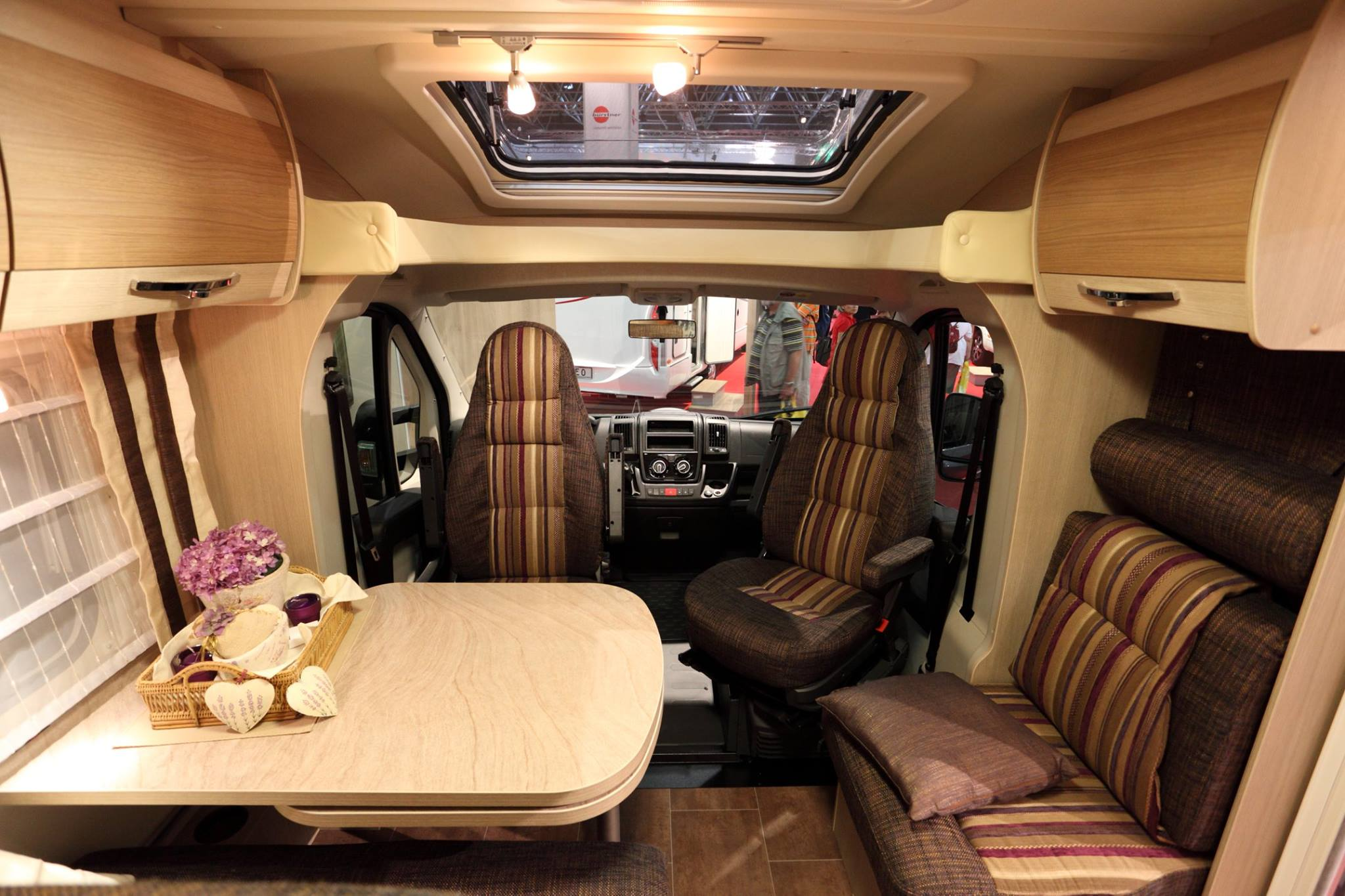 auvent adm nous r alisons l auvent de vos r ves comme vous l 39 avez r v. Black Bedroom Furniture Sets. Home Design Ideas